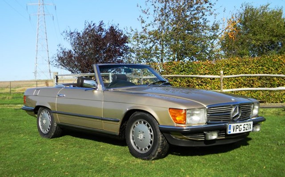 Lot 316 - 1982 12987 380SL Roadster
