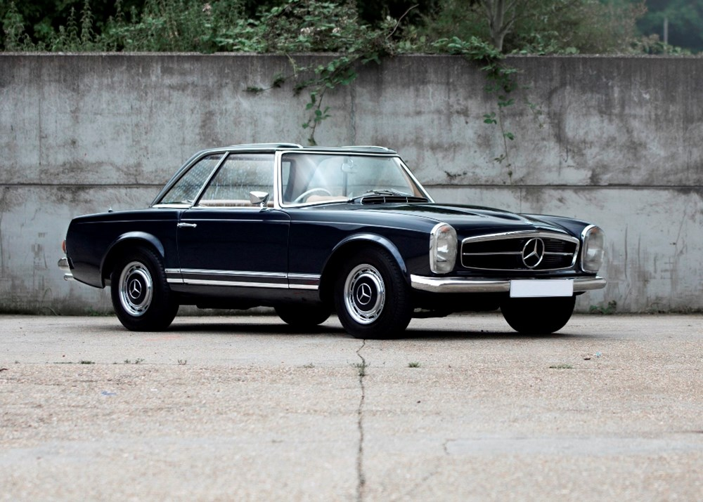 Lot 324 - 1964 Mercedes-Benz 230 SL Pagoda