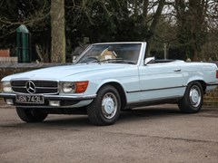 Navigate to Lot 114 - 1973 Mercedes-Benz 350 SL Roadster
