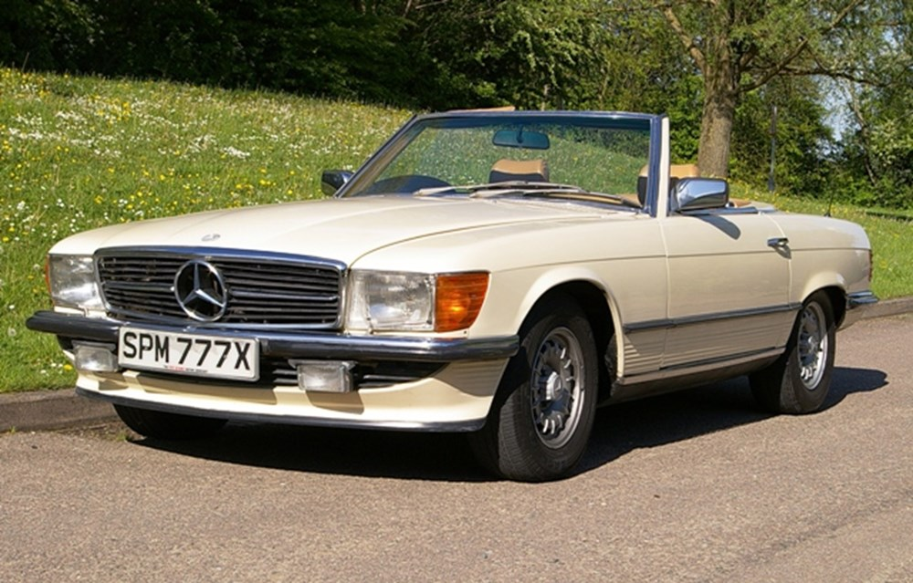 Lot 130 - 1982 Mercedes-Benz 500SL Roadster
