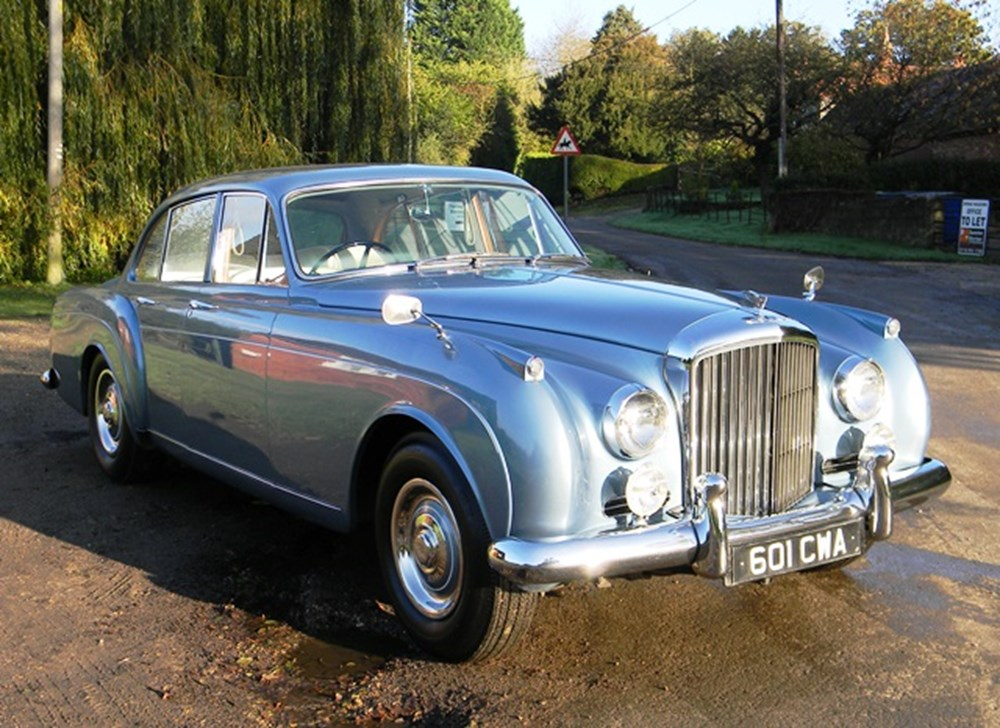 Lot 256 - 1962 Bentley S2 Continental Flying Spur by H.J. Mulliner
