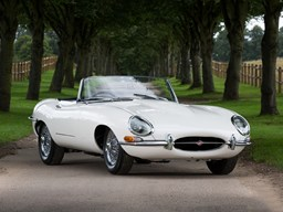 Ref 7 1961 Jaguar E-Type Series I Roadster 'Flat Floor'