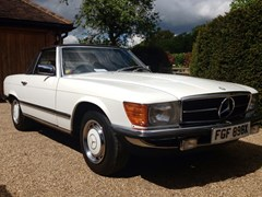 Navigate to Lot 374 - 1982 Mercedes-Benz 280SL