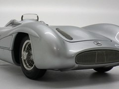 Navigate to Mercedes-Benz W196R Streamliner.