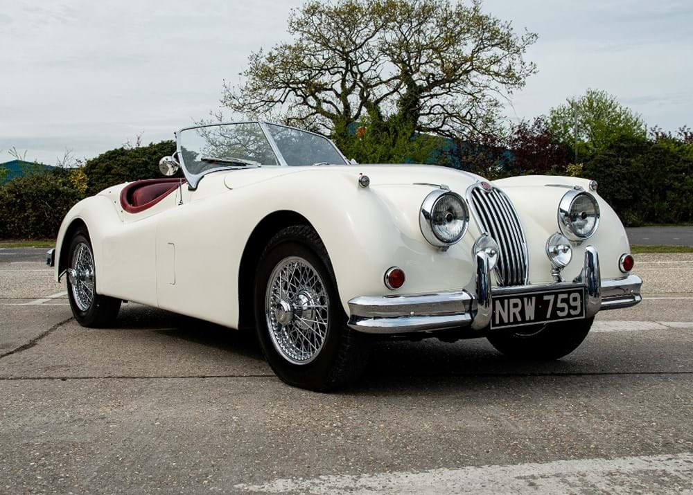 Lot 160 - 1955 Jaguar XK140 SE Roadster