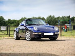 Navigate to Lot 133 - 1994 Porsche 911 / 993 Carrera 2