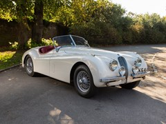 Navigate to Lot 314 - 1952 Jaguar XK120 Roadster