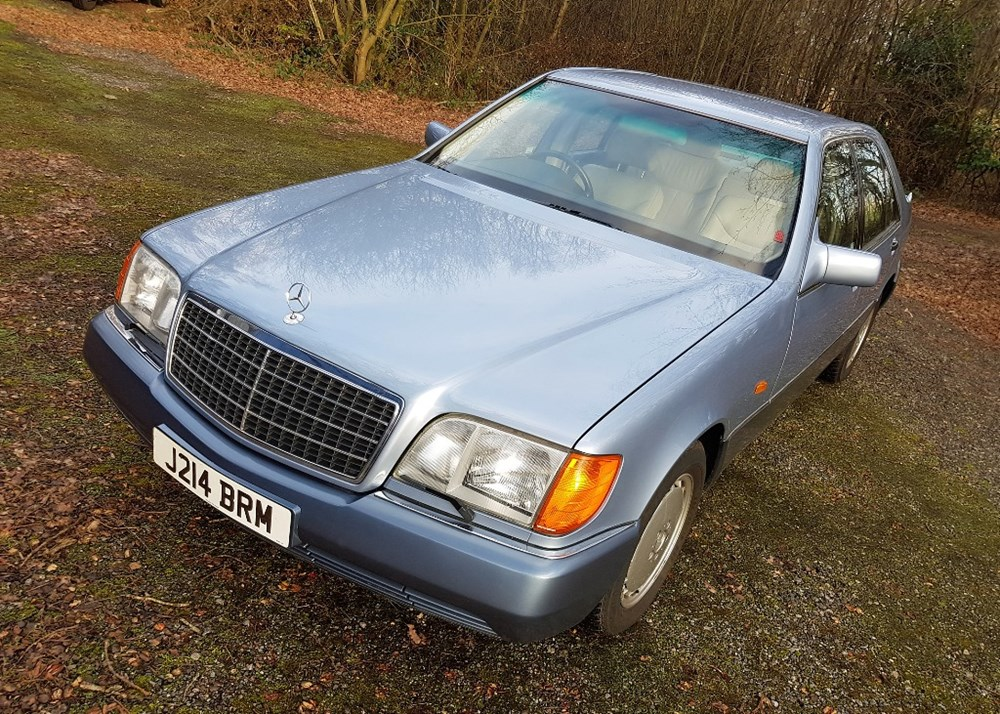 Lot 298 - 1991 Mercedes-Benz 300 SE
