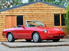Navigate to Lot 115 - 1993 Alfa Romeo Spider S4 by Pininfarina