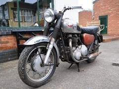 Navigate to Lot 226 - 1967  Matchless G12