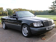 Navigate to Lot 223 - 1996 Mercedes-Benz E220 Cabriolet