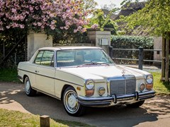 Navigate to Lot 267 - 1972 Mercedes-Benz 250C