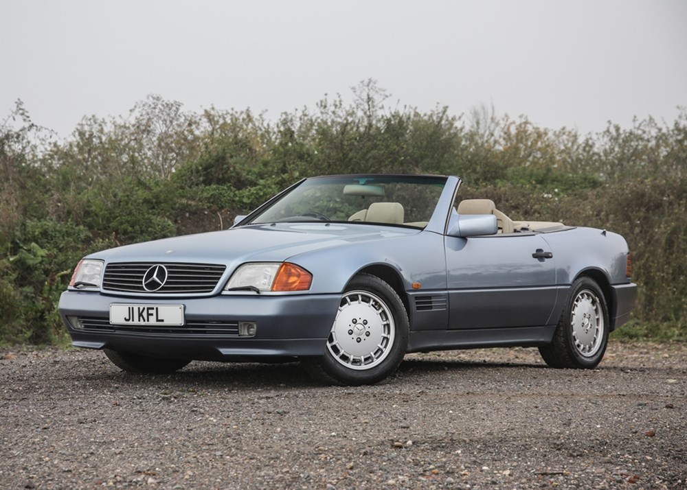Lot 107 - 1991 Mercedes-Benz 500 SL Roadster