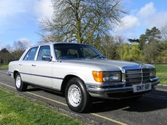 Navigate to Lot 305 - 1976 Mercedes-Benz 350SE