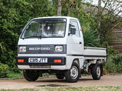 Navigate to Lot 106 - 1986 Bedford Rascal Pick-up