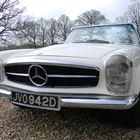 1966 Mercedes Benz 230SL -