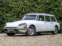 Navigate to Lot 234 - 1971 Citroën DS Safari
