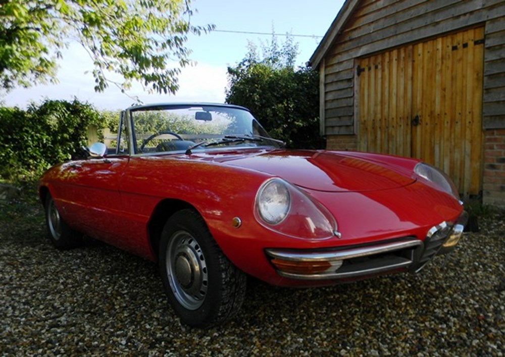 Lot 297 - 1970 12838 1750 Spider Veloce