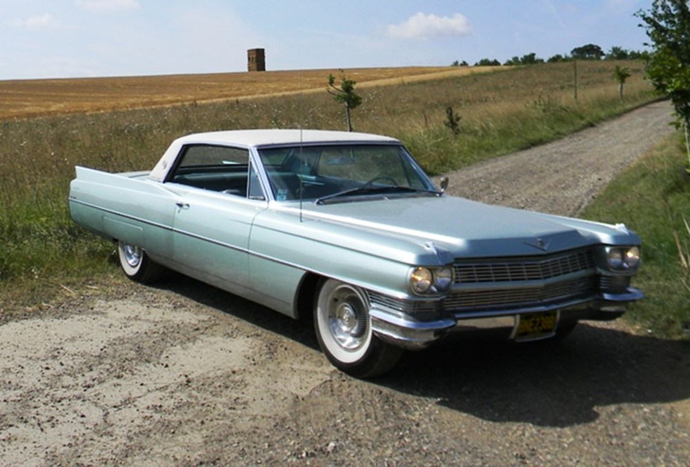 Lot 296 - 1964 Cadillac Coupé de Ville