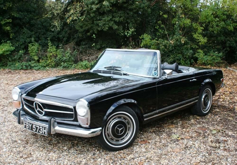 Ref 117 1970 mercedes benz 280 sl pagoda for Mercedes benz financial phone number