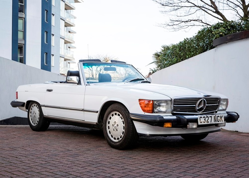 Lot 215 - 1986 Mercedes-Benz 560 SL *WITHDRAWN*