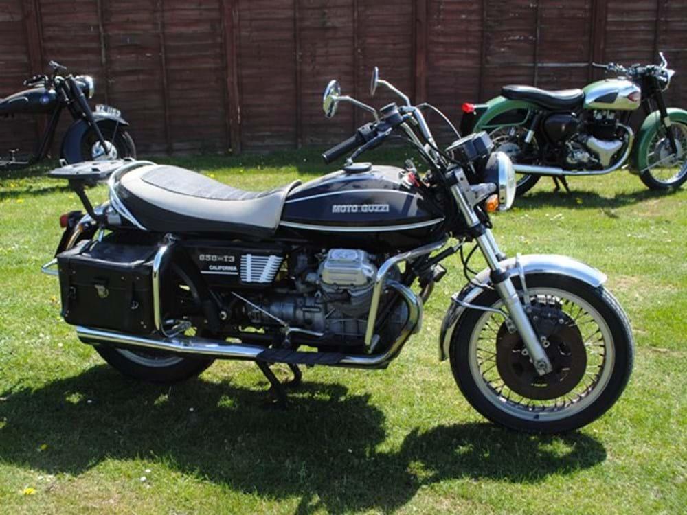 moto guzzi 850 t3 specialist classic sports car. Black Bedroom Furniture Sets. Home Design Ideas