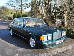 Navigate to Lot 204 - 1996 Bentley Turbo R