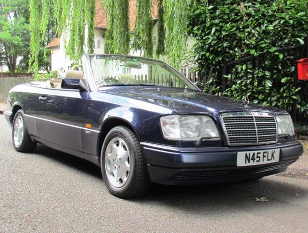 Lot 347 - 1995 Mercedes-Benz E320 Sportline Convertible