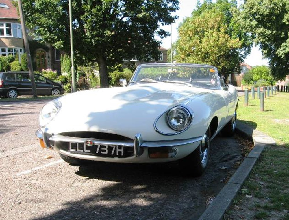 Lot 368 - 1969 Jaguar E-Type Series II Roadster