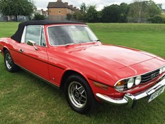 Navigate to Ref 19 Triumph Stag (red)