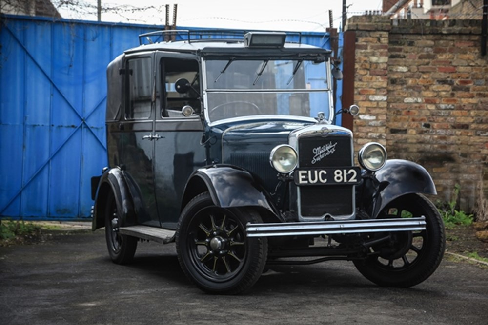 Lot 196 - 1938 Morris Commercial 'G2SW' Super Six London Taxi