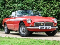 Navigate to Lot 349 - 1969 MG B Roadster