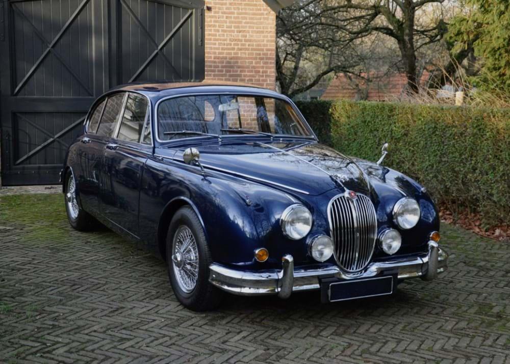 Ref 128 1964 Jaguar Mk.II (2.4 litre)
