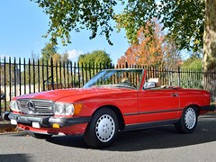 Navigate to Lot 256 - 1986 Mercedes-Benz 560 SL Roadster