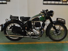 Navigate to Lot 391 - 1950 BSA M21
