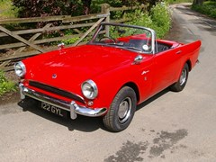 Navigate to Lot 405 - 1963 Sunbeam Alpine Series III