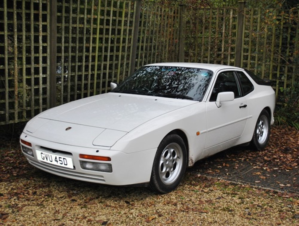 Lot 211 - 1986 Porsche 944 Turbo Coupé