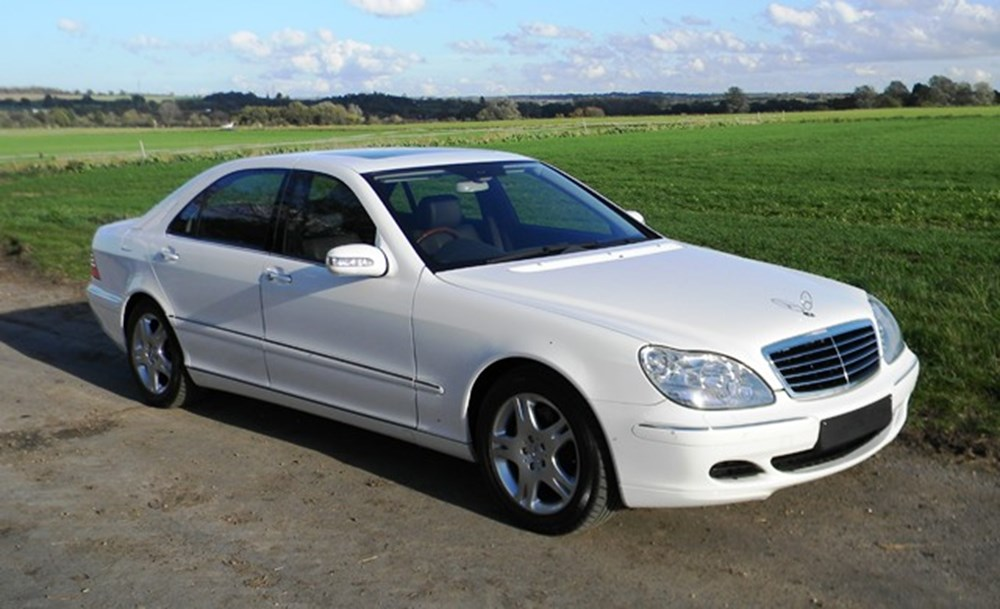 Lot 217 - 2004 Mercedes-Benz S500 Saloon