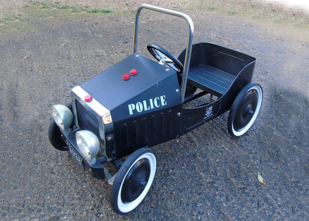 Lot 48 - Police pursuit child's pedal car ...