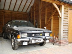 Navigate to Lot 102 - 1976 Ford Cortina Mk. III 2000E