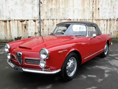 Navigate to Lot 278 - 1964 Alfa Romeo 2600 Spider by Touring