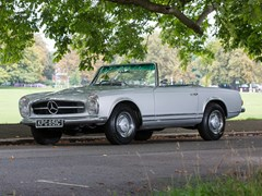 Navigate to Lot 186 - 1966 Mercedes-Benz 230 SL Pagoda