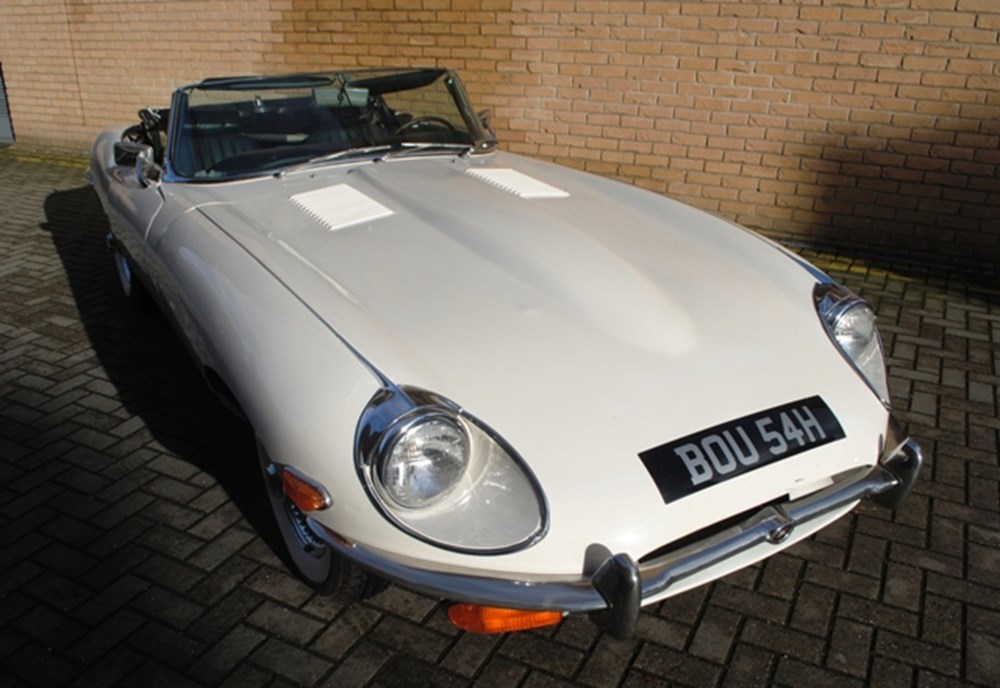 Lot 260 - 1970 12947 E-Type, Series II, Roadster