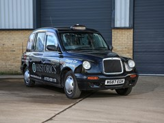 Navigate to Lot 214 - 2000  London Taxi International