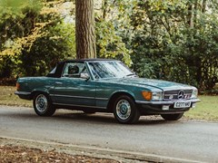 Navigate to Lot 321 - 1985 Mercedes-Benz 380 SL Roadster