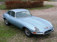 Navigate to Lot 240 - 1966 Jaguar E-Type Series I Fixedhead Coupé