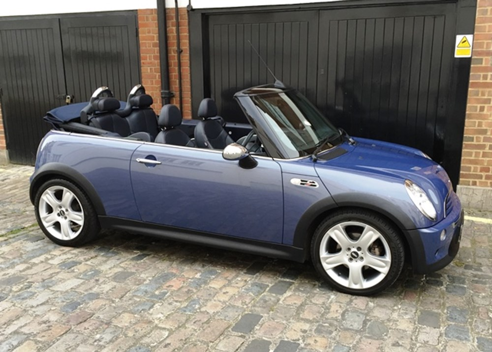 Lot 289 - 2004 Mini Cooper S Convertible