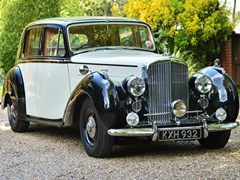 Navigate to Lot 132 - 1949 Bentley Mk. VI Sports Saloon