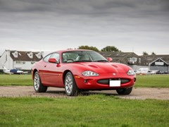 Navigate to Lot 332 - 1998 Jaguar XKR Coupé