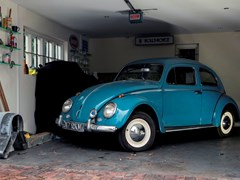 Navigate to Lot 322 - 1961 Volkswagen Beetle